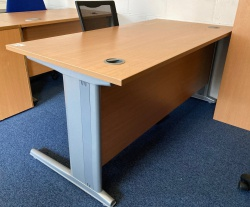 Desking Beech 1600 Rectangular desk
